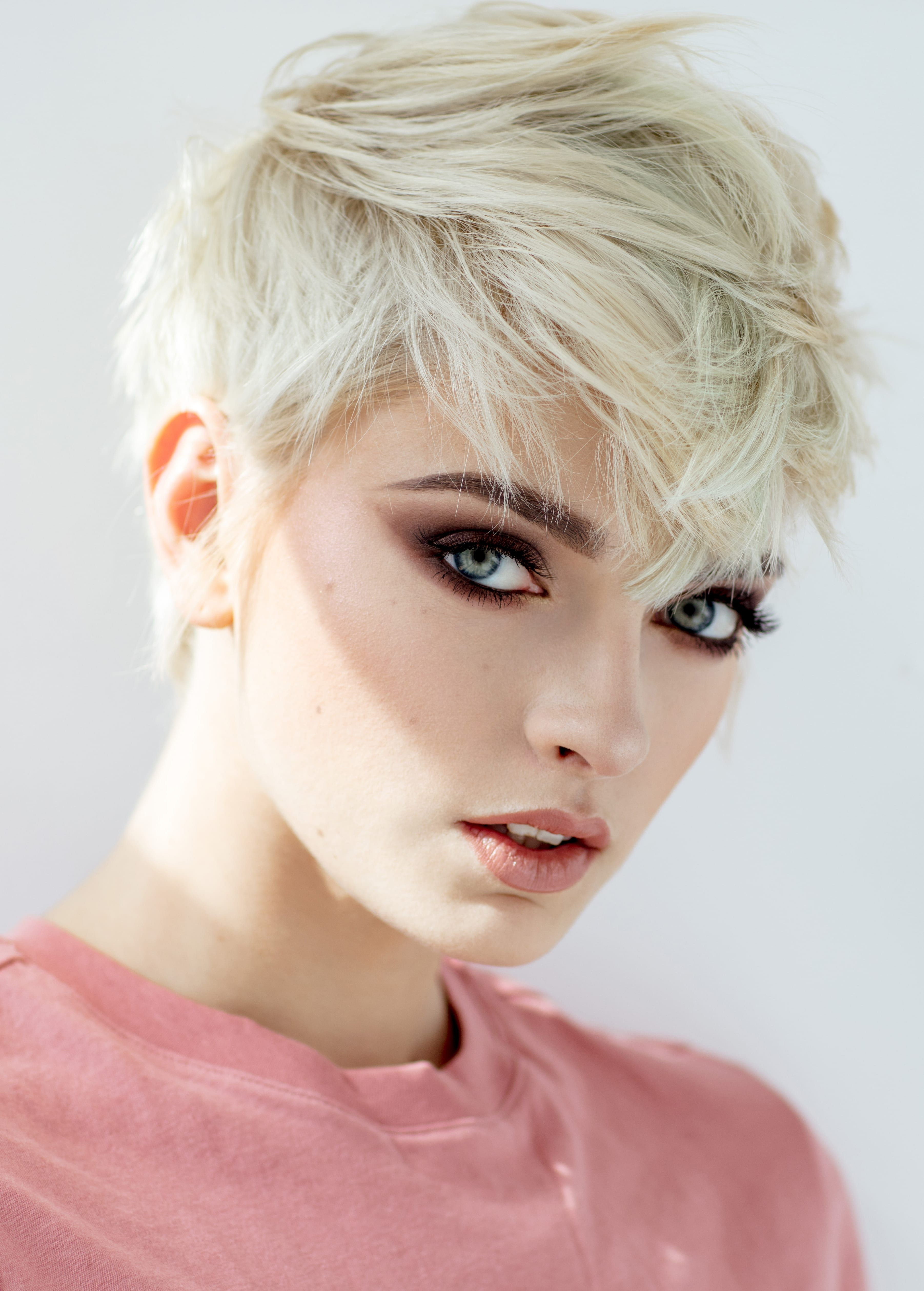 30 Latest Short Hairstyles For Women For 2020 Thick Hair Styles Short Blonde Pixie Pixie Hairstyles