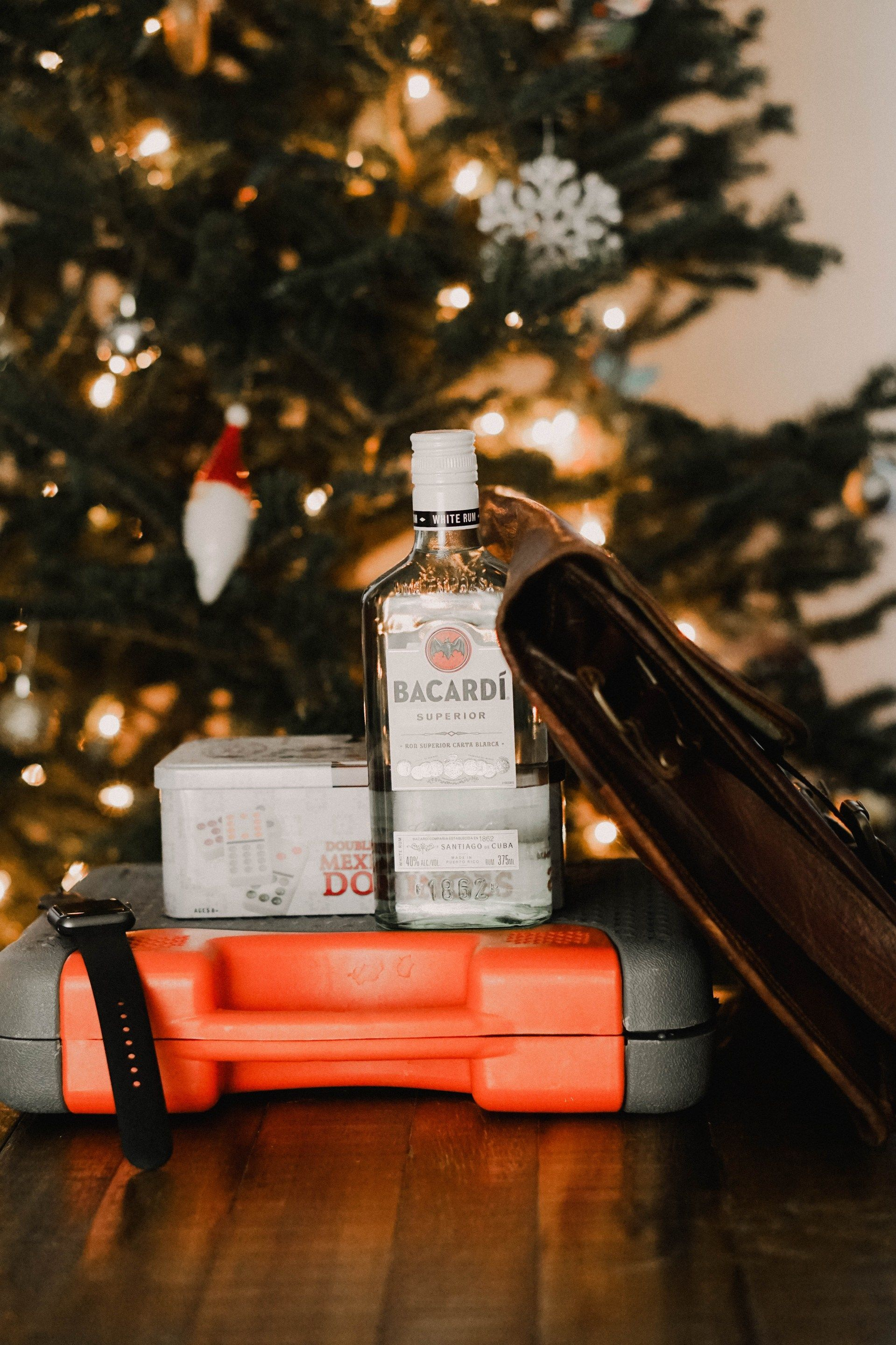 Holiday Gift Guide: Mom & Dad | Pinterest | Holiday gift guide, Dads ...
