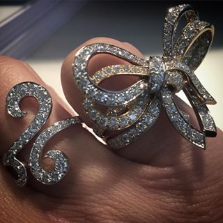 #vancleefarpels Instagram tagged photos - Pikore