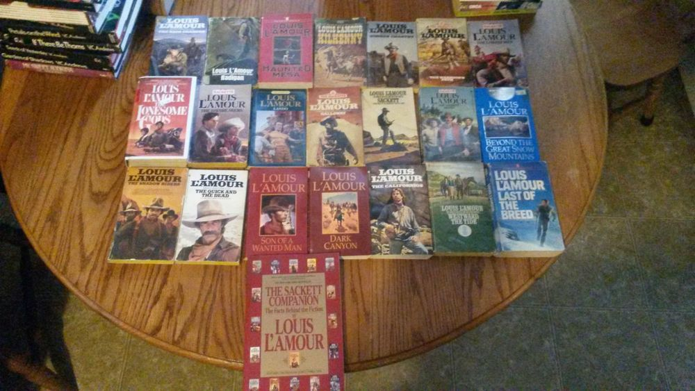 Louis lamour lot 22 novels sacketts vintage