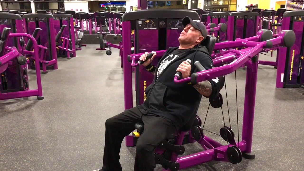 planet fitness shoulder press machine - how to use the shoulder