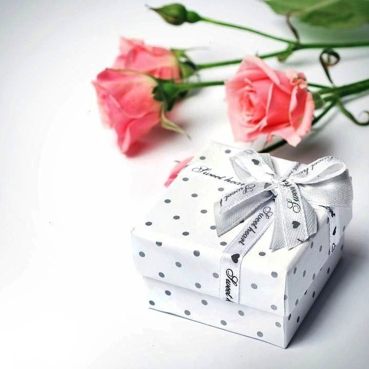 gifts that cost nothing  On each of the cards you manually write a nice message for the day For example Valuable Christmas gifts that cost nothing  On each of the cards y...