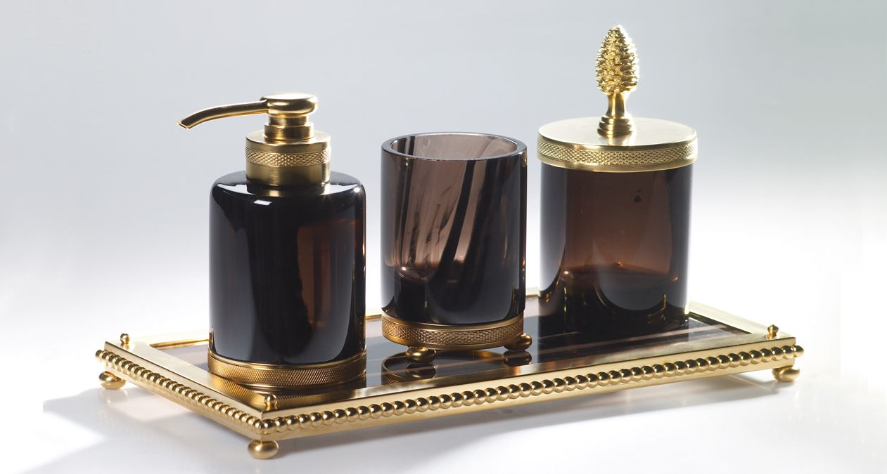 Cristal And Bronze Make Highly Decorative Bathroom Accessories By Mixing Gilded Or Chrome Metal Luxury Tableware Bathroom Accessories Sets Bathroom Accessories