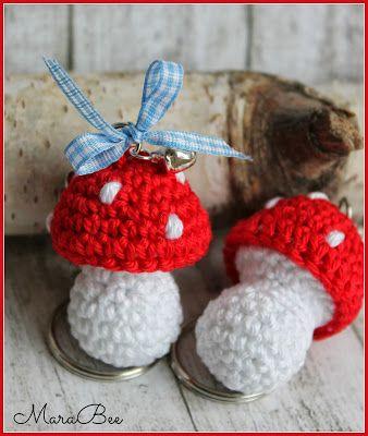 Zur geburt crochet porte cles h keln gl ck et handarbeit - Porte cle crochet ...