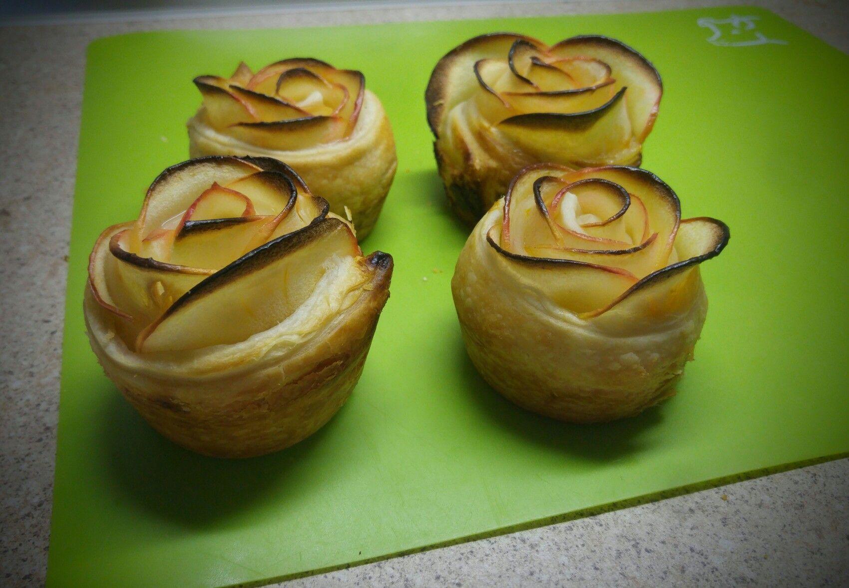 Blätterteig-Apfelrosen mit Aprikosen-Quark-Füllung