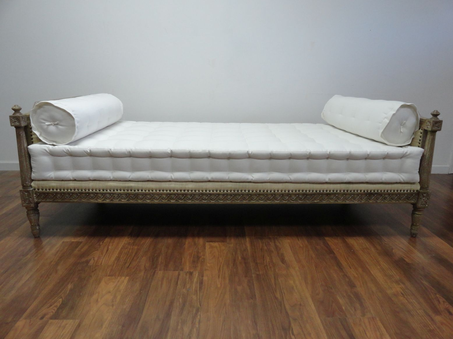 Carved Wood Frame Daybed Mattress Daybed Daybed mattress and