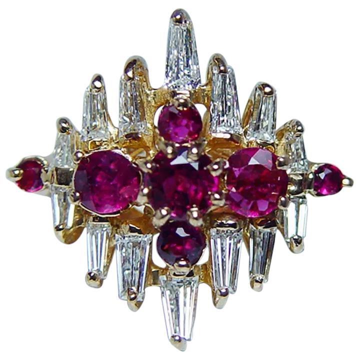 Burmese Ruby Baguette Diamond 18K Gold Ring VVS,  #18k #Baguette #Burmese #burmeserubyjewelry #Diamond #gold #Ring #Ruby #VVS