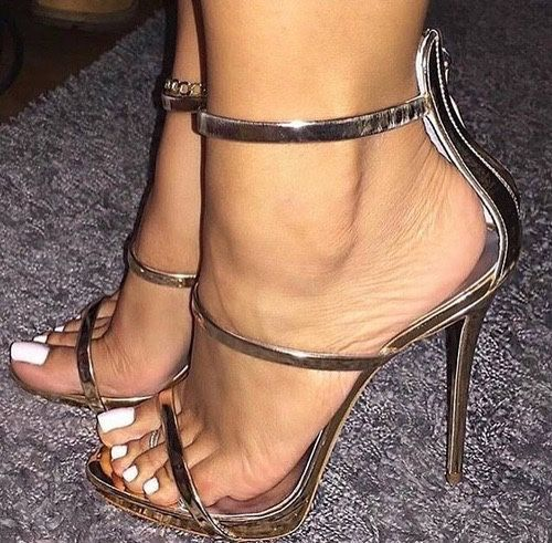 sexy shoes feet