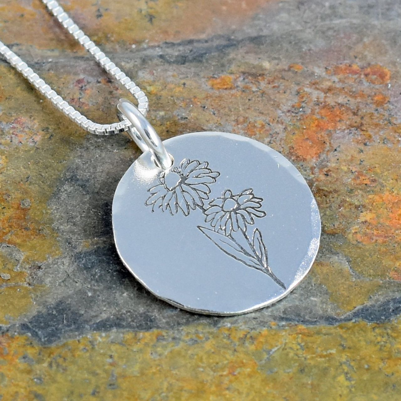Daisy flower necklace birth flower for april rose gold