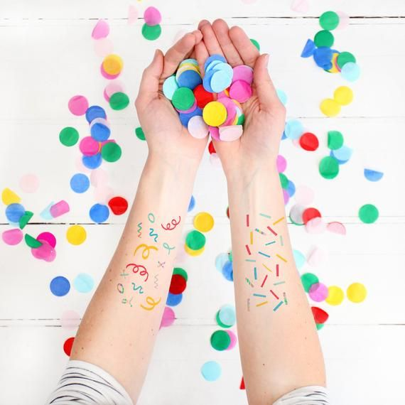 Wedding Gift Table Ideas: Confetti Temporary Tattoos