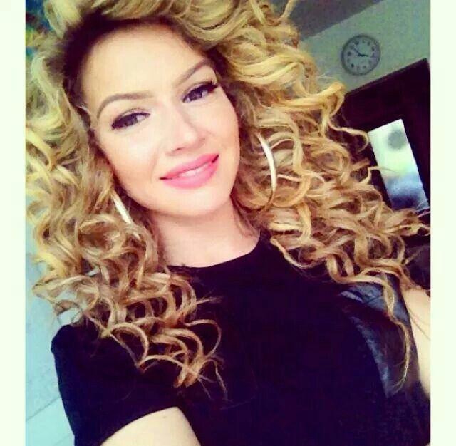 Shirin David Curls Curls For Long Hair Oval Face Hairstyles Haircut For Face Shape
