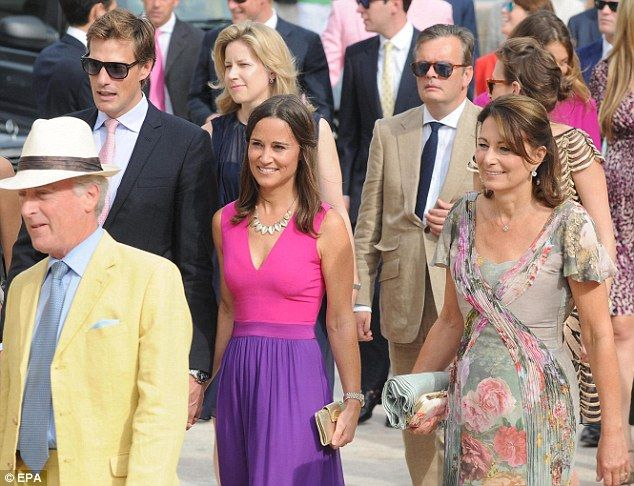 Prince Harry And Pippa Middleton Attend Friend S Wedding In Italy