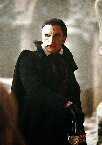 Alw S Phantom Of The Opera Movie Photo Wandering Child Phantom Of The Opera Opera Ghost Opera