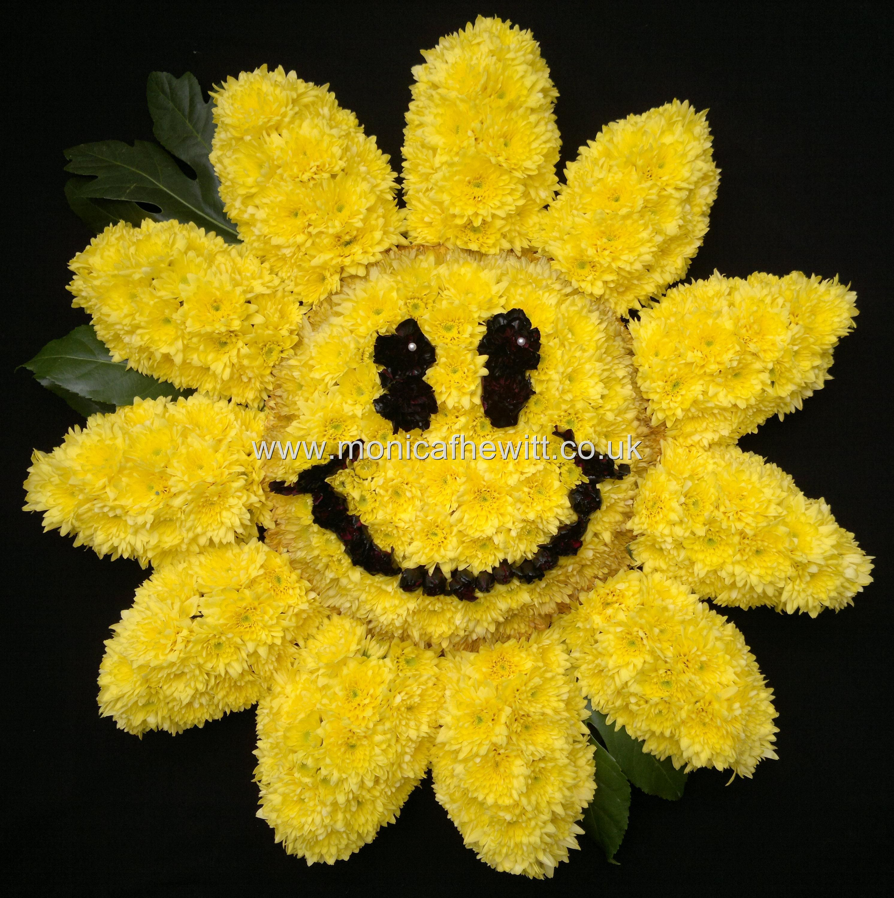 Sunflower smiley funeral flowers monica f hewitt florist sheffield sunflower smiley funeral flowers monica f hewitt florist sheffield izmirmasajfo