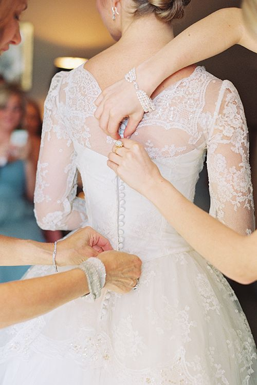 Three Wedding Dress Fitting Tips