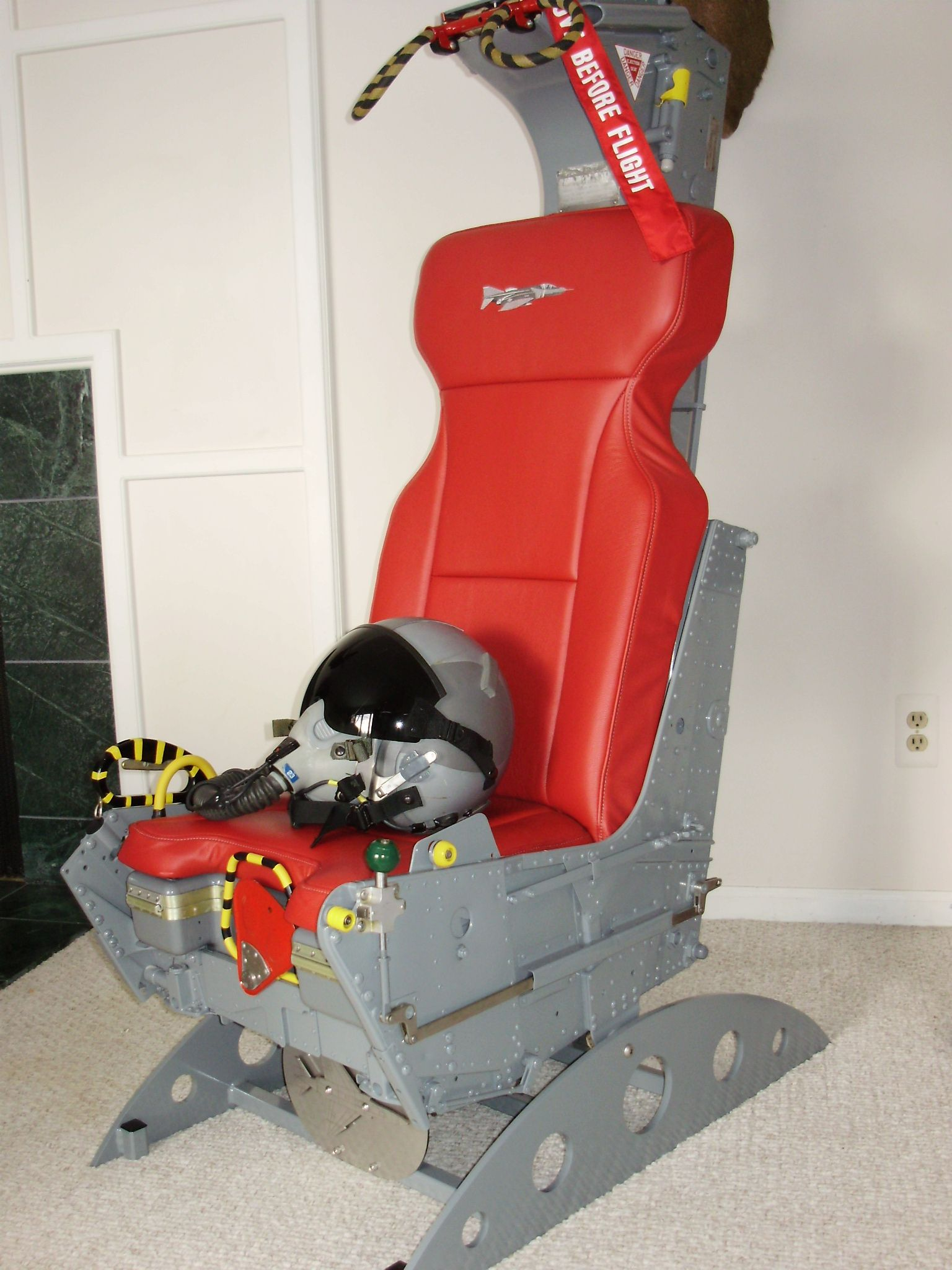 F4 Ejection Seat Office Chair | Office Chair | Pinterest ...