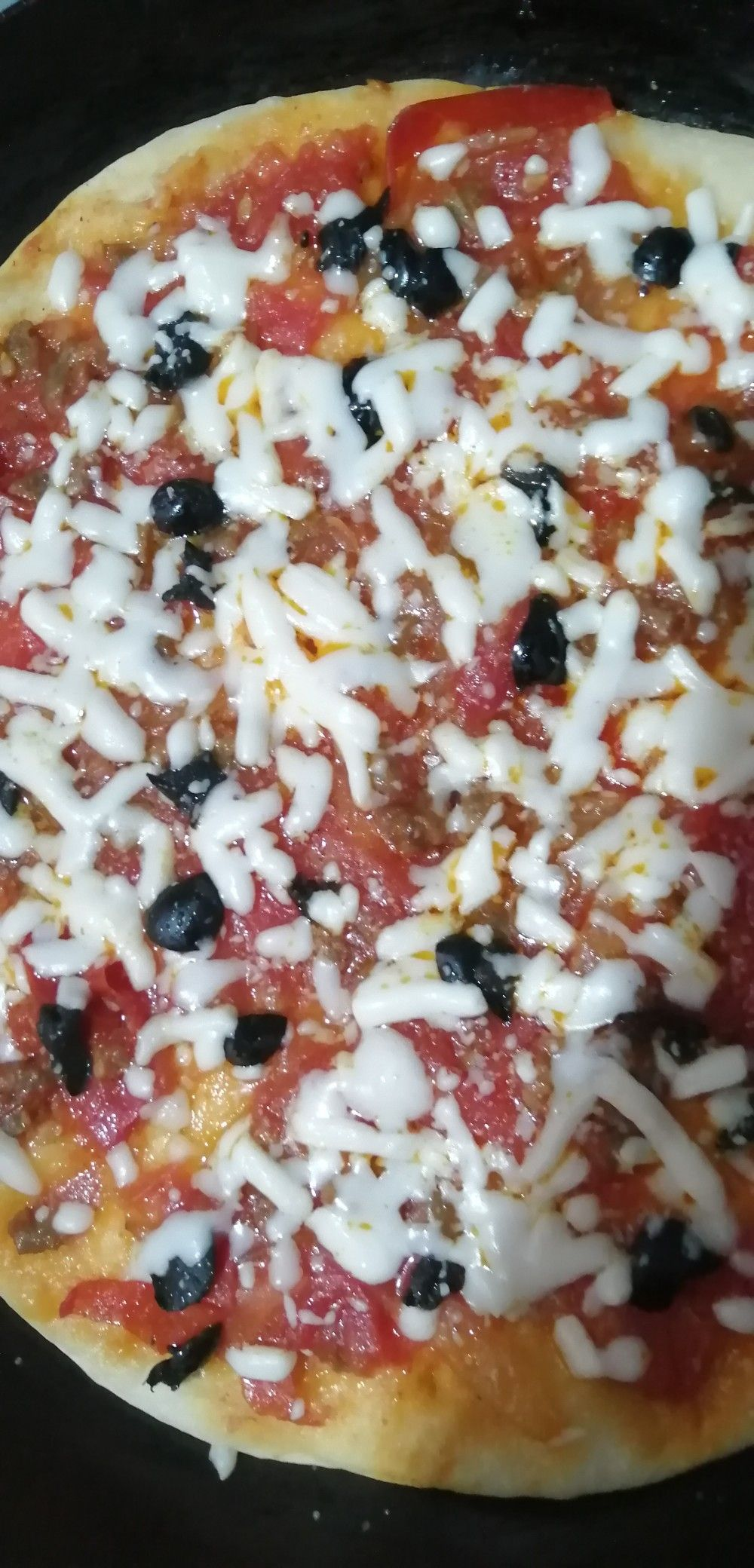 Pin By فـ ـوفـ ـهہ On أ ګل أ ت Food Hawaiian Pizza Hawaiian