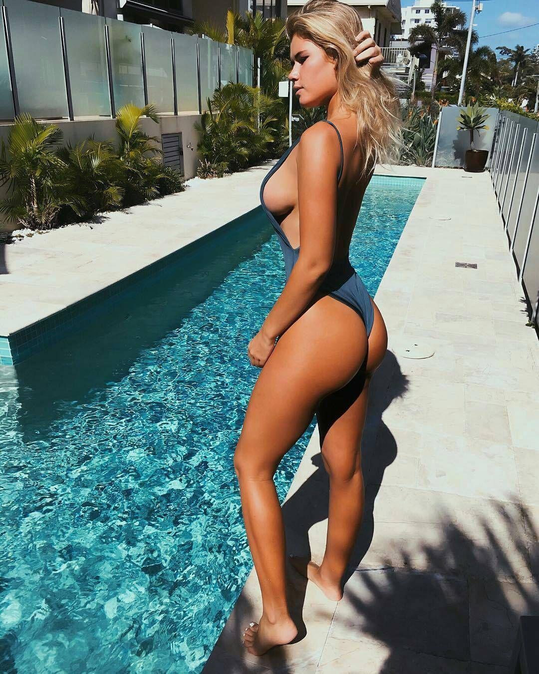 Paparazzi Ass Holly Henderson naked photo 2017