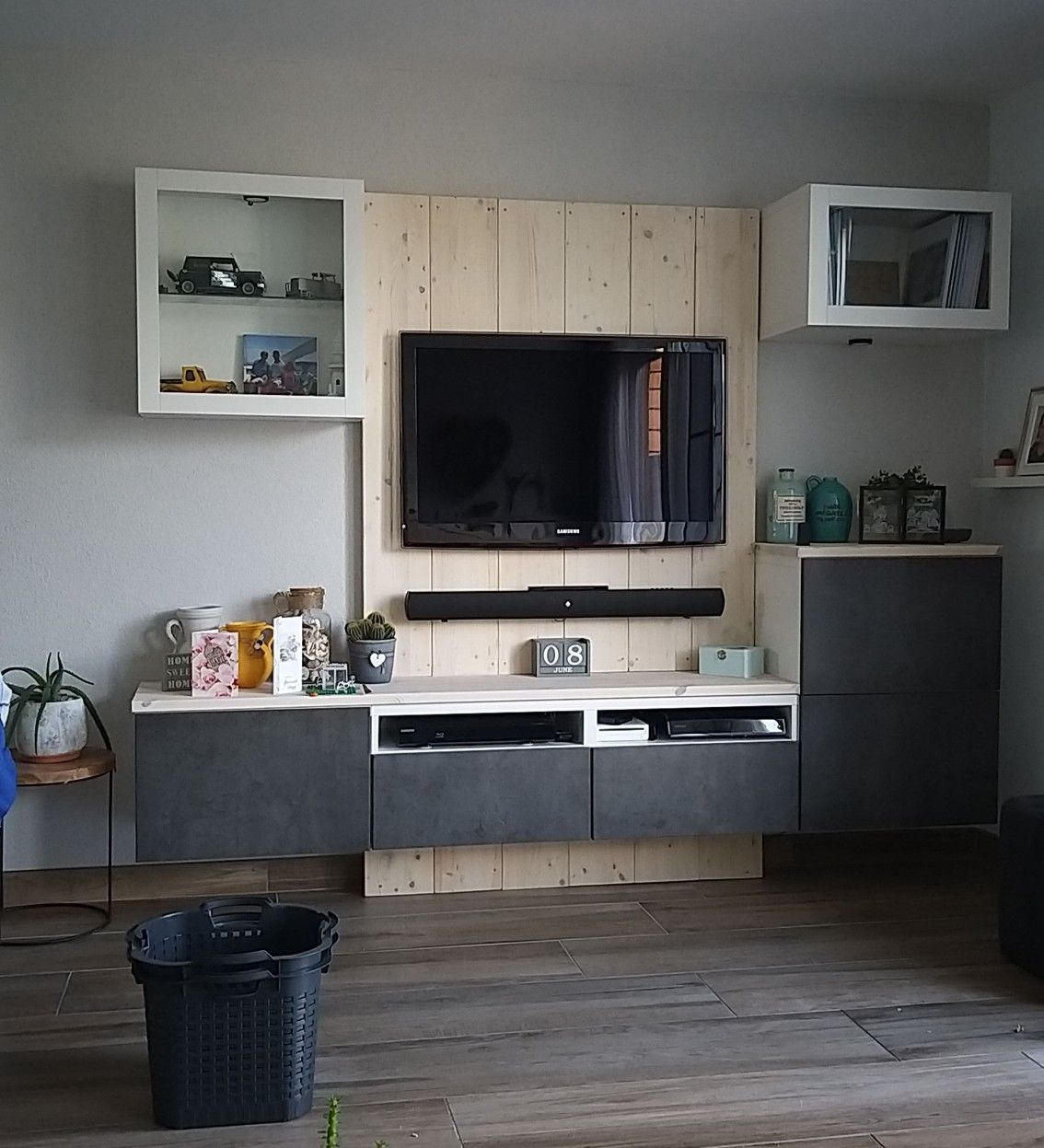 Grenen Kast Tv Meubel.Pin Op Living Room Design