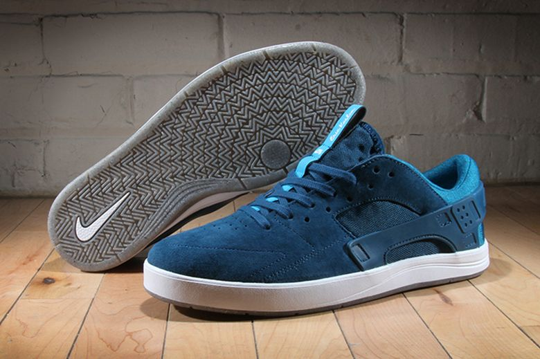 best service 69b2c 2a2a4 Nike SB Eric Koston Huarache