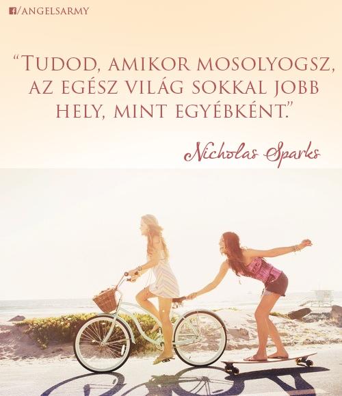 Nicholas Sparks idézete a mosolyról. A kép forrása: Angels' Army # Facebook