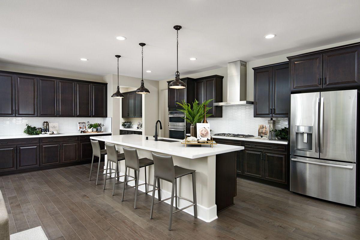 Pleasing contrast of light & dark tones in 2020 Home