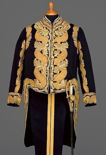 Große Galauniform einer Obersten Hofcharge, um 1913 | uniformen in ...