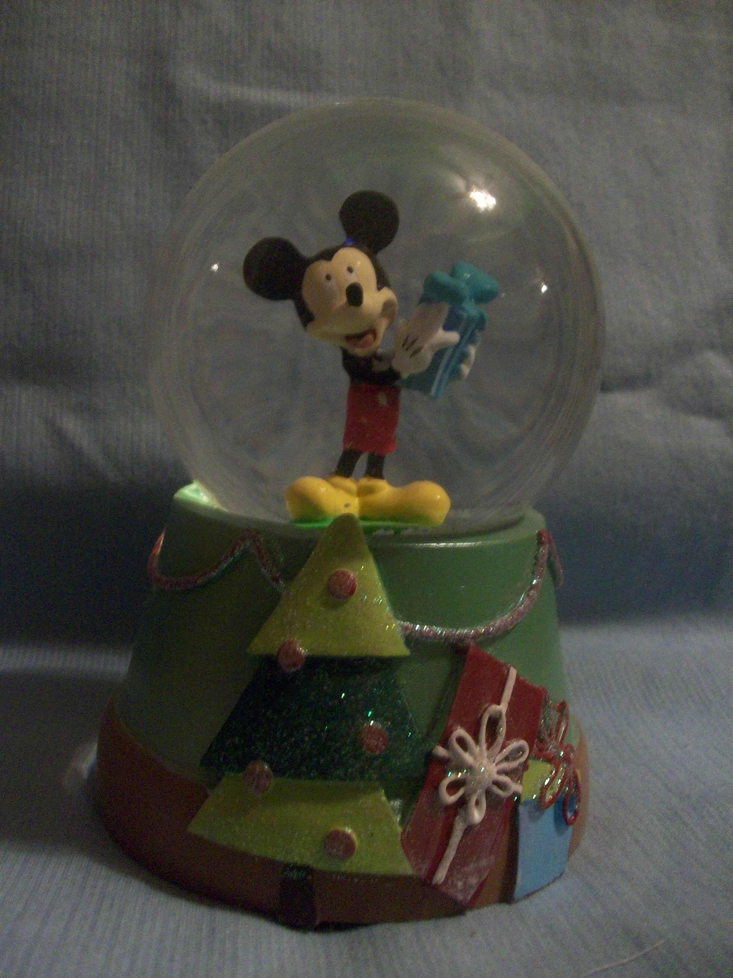 Christmas Mickey music box, snow globe Christmas music
