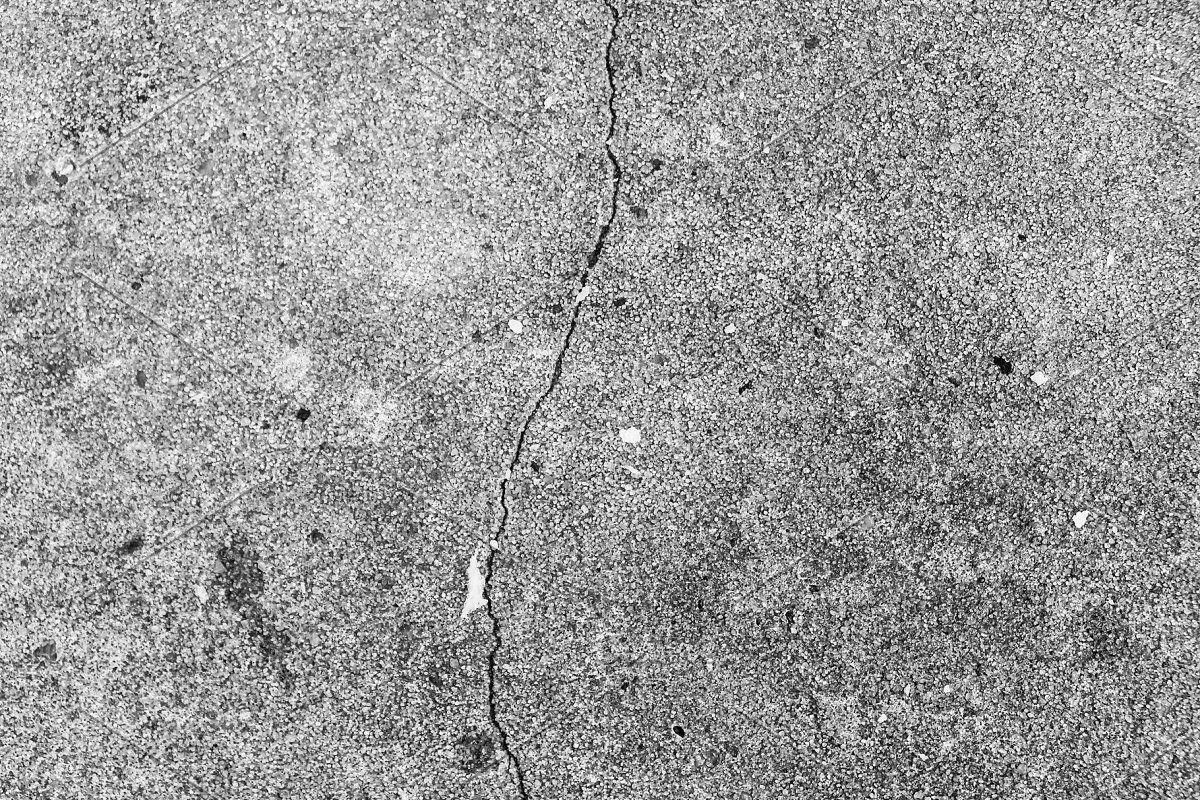 Concrete Cracked Wall Black White In 2020 Concrete Wall Cracked Wall Broken Concrete
