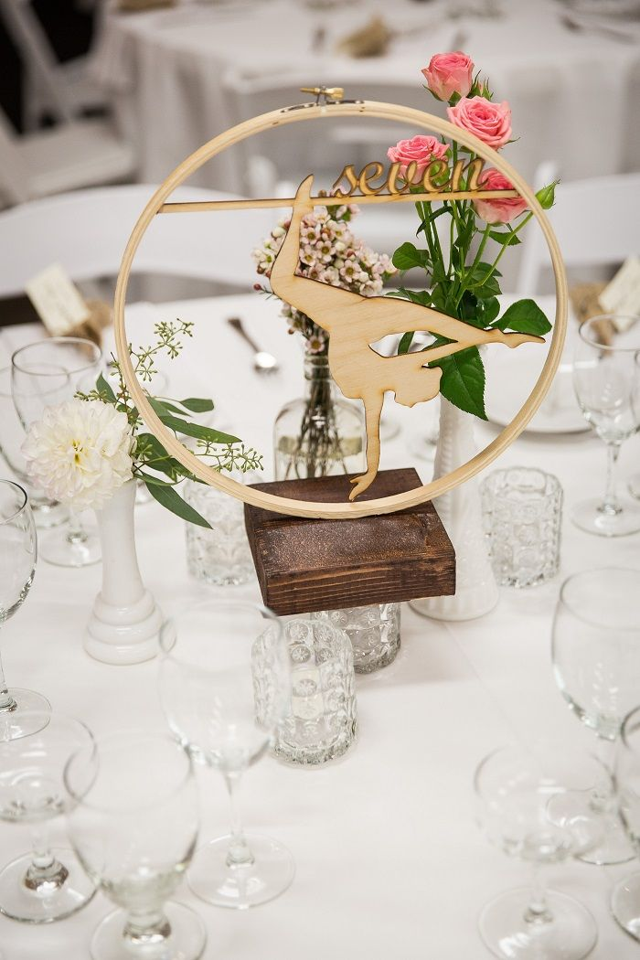 Centerpieces Wedding reception decorations | fabmood.com #weddingreception