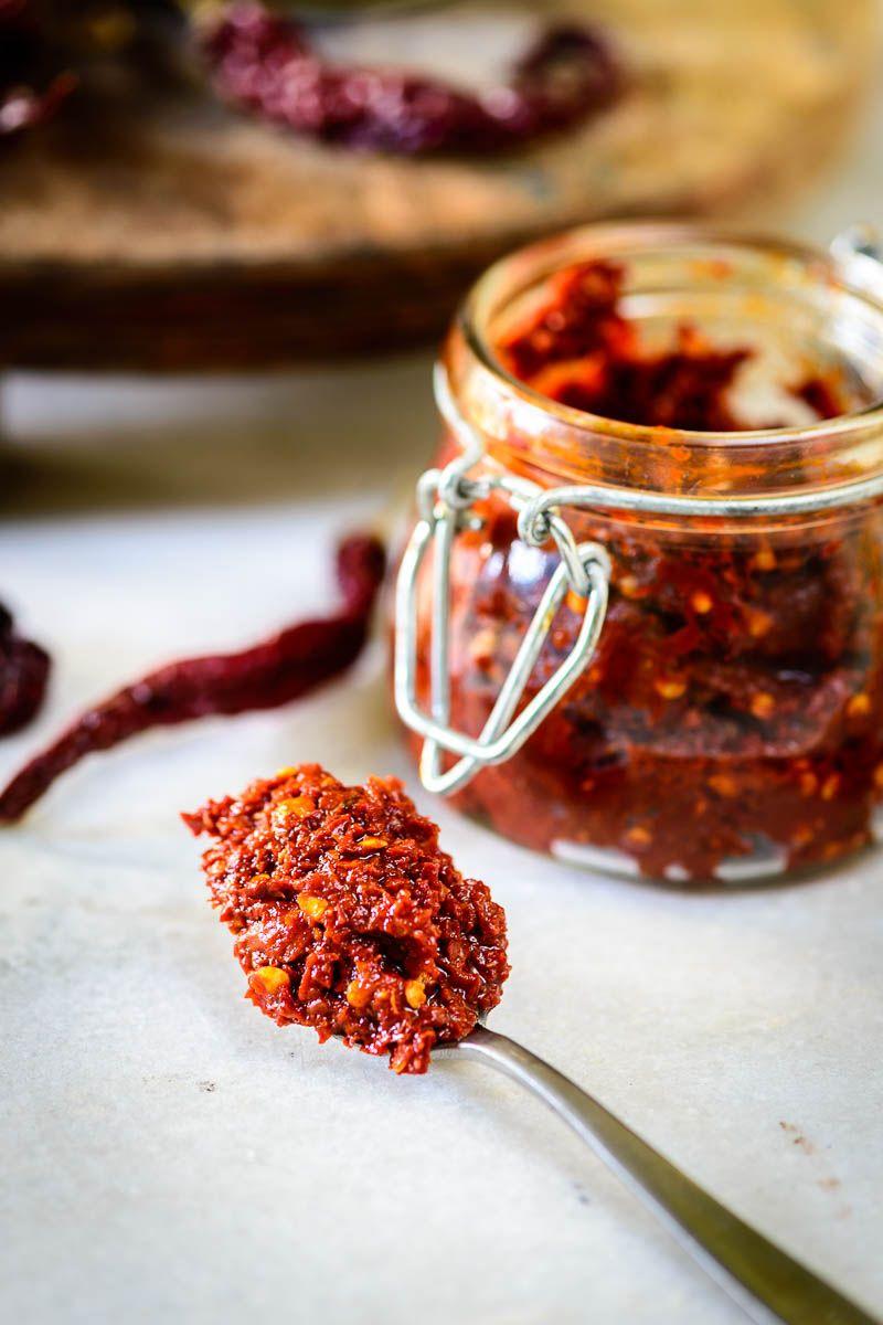 How to make Red Chili Paste Red chili paste, Chili paste