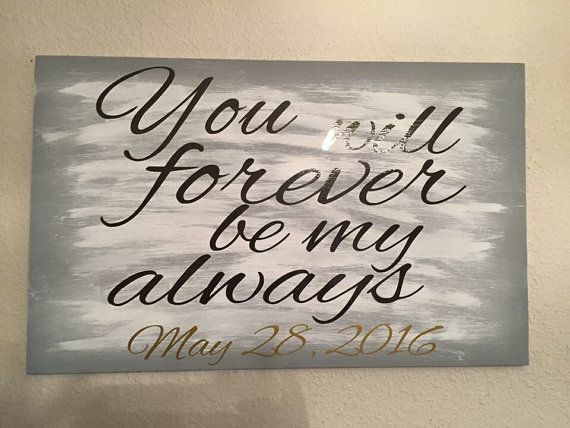 Vinyl sign that would make a great addition to a pregnancy announcement picture!  Lettering is vinyl. Sign is wood. The sign shown is a 12in x 18in. Need a different size than what is list? Message me and we can arrange it! Wood is painted black. Can be altered! Lots of choices for background color. Contact me if youd like different colors of paint or lettering! Message me with the date youd like included!   Have a request for something a little different? Want a different color or font?…
