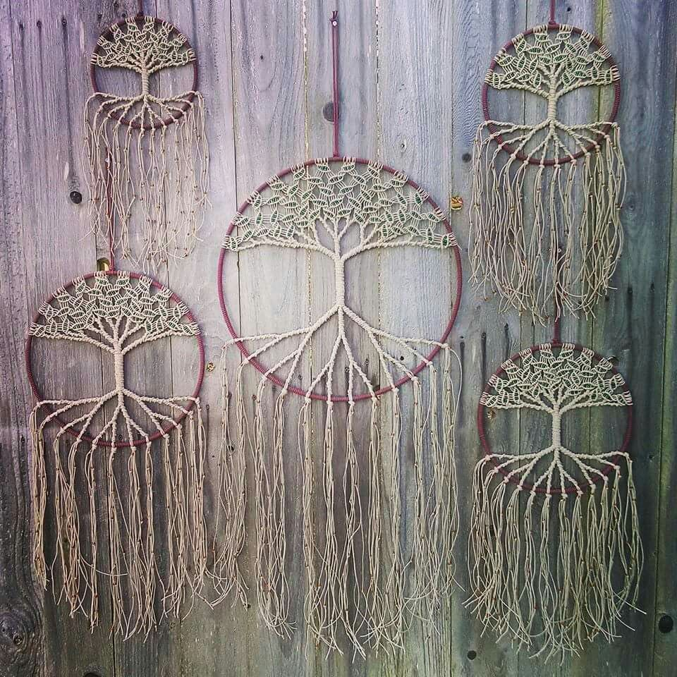 boho tree of life dream catcher i gotta learn how to make these 7 pinterest attrape. Black Bedroom Furniture Sets. Home Design Ideas