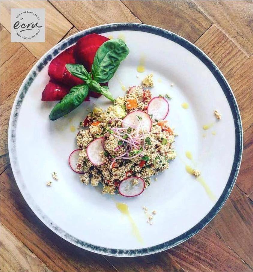 Il piatto parla da solo, natura, colore e sapore. Venite ad assaggiare la nostra insalata di quinoa germogliata. Vi aspettiamo!!!!   #raw #vegan #foodporn #healthy #rawfood #glutenfree #health #organic #dope #eatclean #fitness #foodie #trendsetter #veganfoodshare #vegansofig #plantbased #rawvegan #ecru #ecruroma #veganrome ##veganroma #senzaglutine #romarestaurant #creativefood #eatgreen #vegano #crudo #crudoroma# #healthyliving