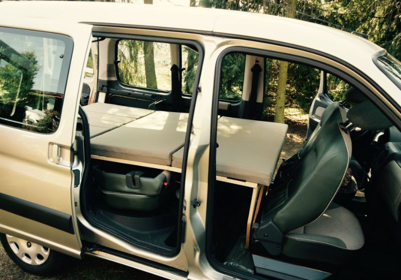 our new dacia dokker campervans are perfect for 2 people. Black Bedroom Furniture Sets. Home Design Ideas