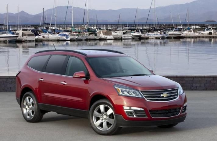 Chevy Traverse The First Front Middle Airbag Seats Up To 8