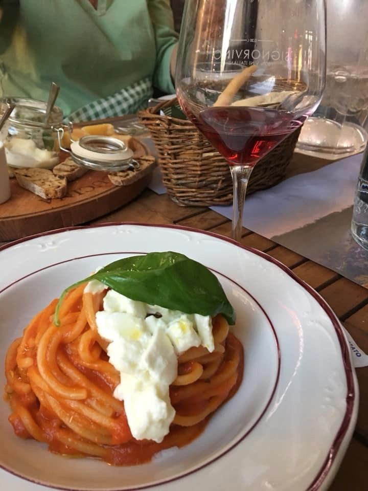 Friday Four 092719: Worth it! Perfectly Easy Tomato Sauce | Taste and Savor by Nancy Waldeck