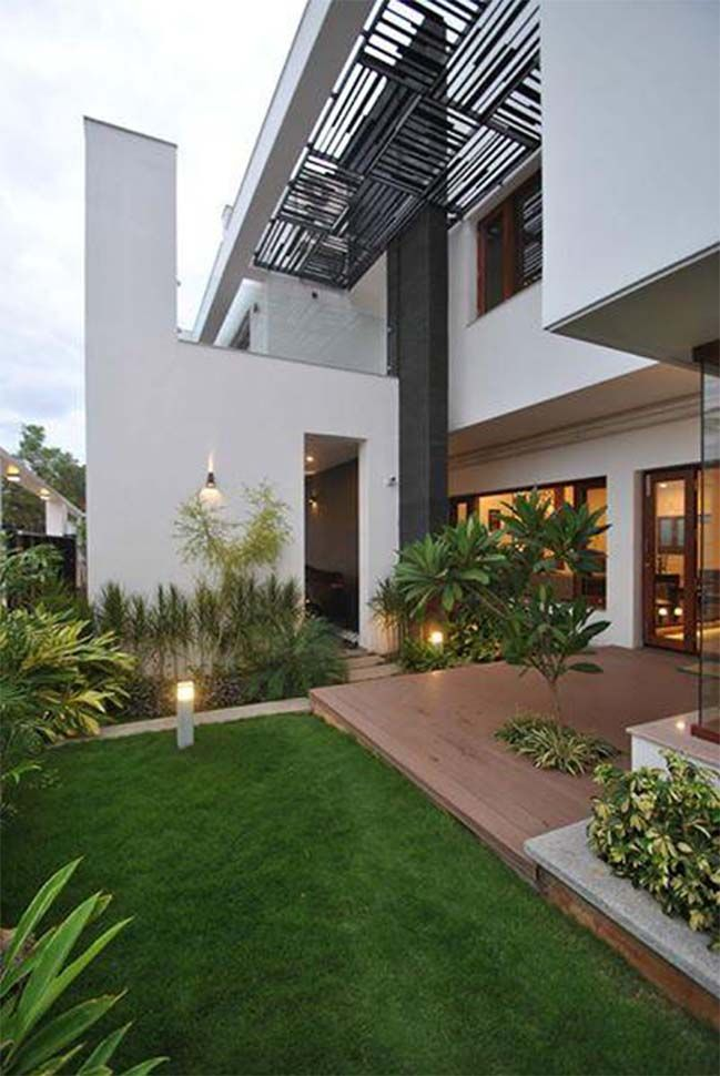 Modern Villa By Murali Architects Cubes Architecture House House Design
