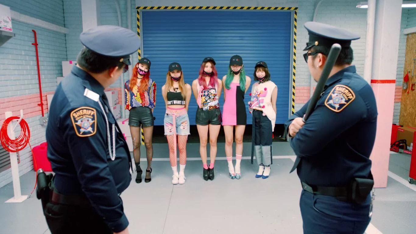 """Fans go wild for """"Soju Version"""" of EXID's """"Hot Pink"""""""