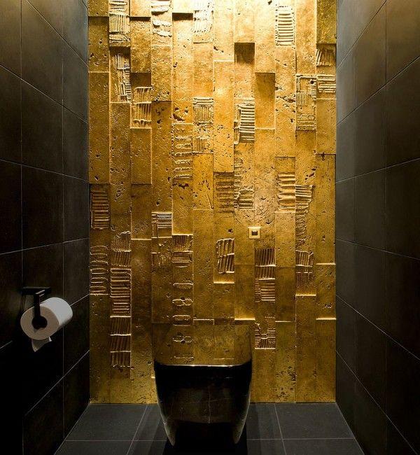 15 Refined Decorating Ideas In Glittering Black And Gold Eclectic Bathroom Black And Gold Bathroom Master Bathroom Design
