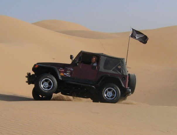 Abu Dhabi Blacksheep Kiwi In The Sand With Images Jeep Photos