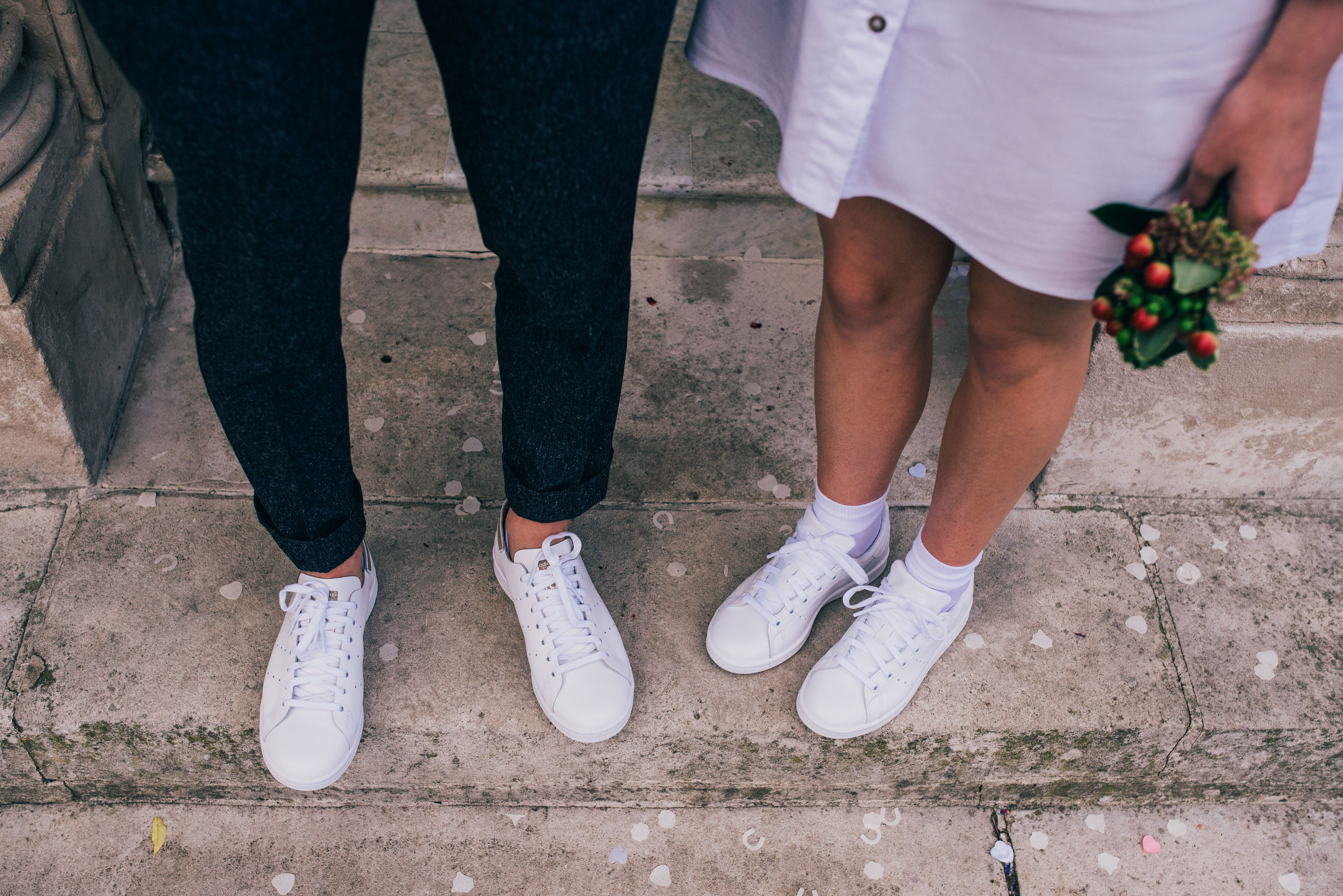 How to Wear a Lace Dress With Adidas Stan Smith Tennis Shoes