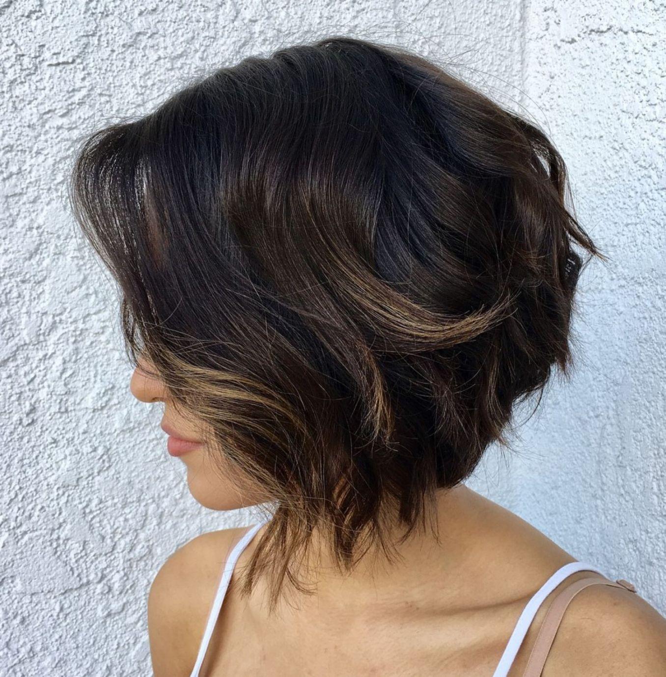 50 Trendy Inverted Bob Haircuts In 2020 Short Hair With Layers Wavy Bob Hairstyles Choppy Bob Hairstyles