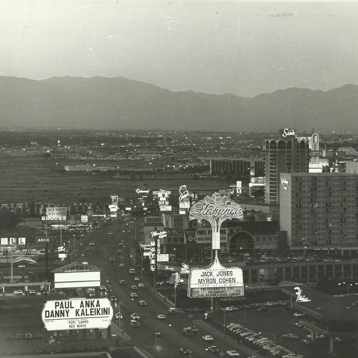 Neon Museum (NeonMuseum) Las vegas hotels, Old vegas, Vegas