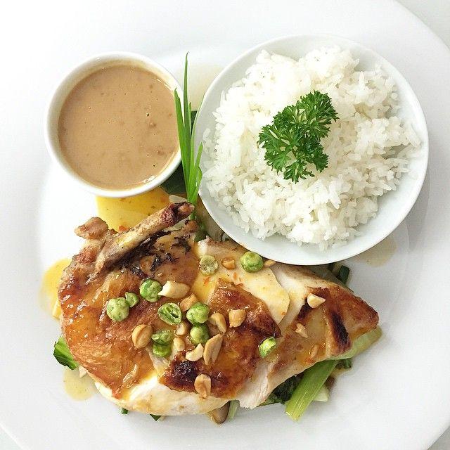 Thai Chicken Breast for #Dinner!  --------- Peito de Frango Thai! Adoro!