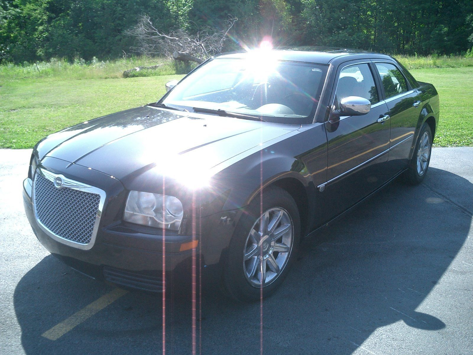 Pin By Car Auctions On Chrysler Chrysler 300 Car Brands Model