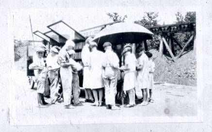 Greenville Public Library Bookmobile with Children :: South Carolina Public Library History; 1930-1945