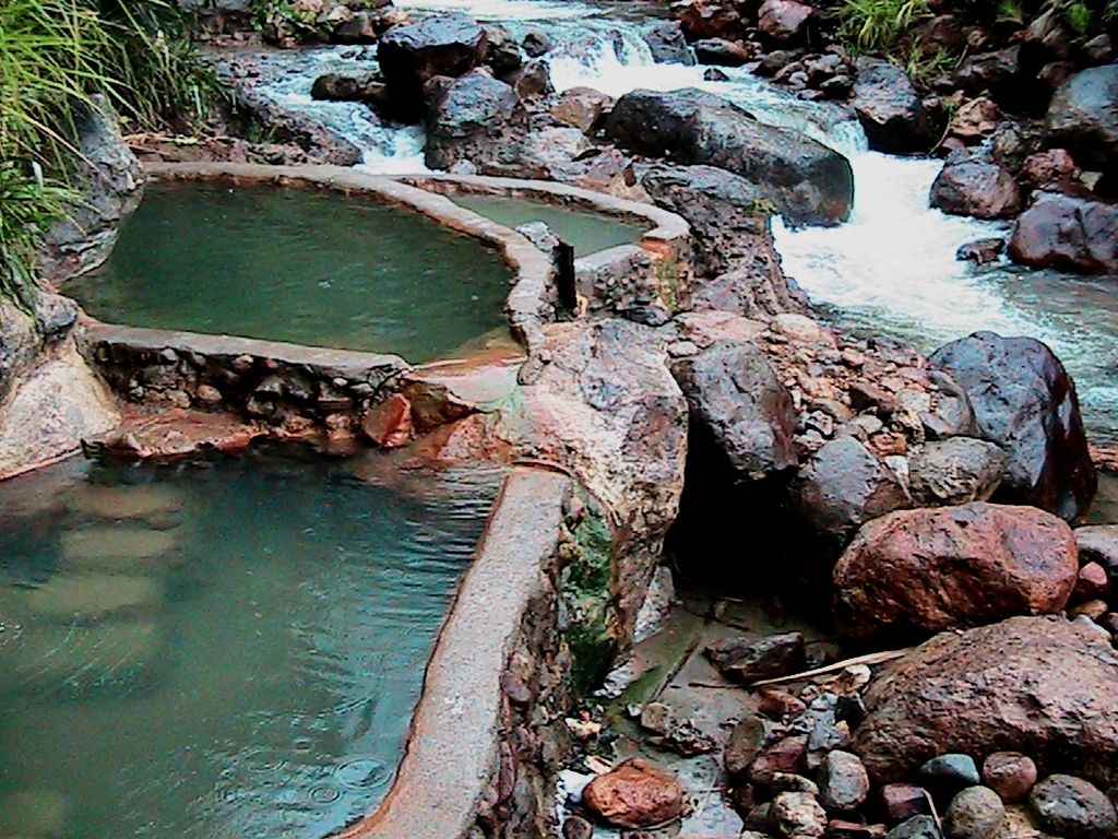 Natural Hot Springs In Dominica Nature Island Of The Caribbean At Shangri La The Scene Is Wilder With A Boulder S Places To Go Places To Visit Travel Light