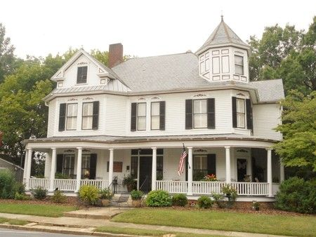 1854 Queen Anne Beautifully Renovated Historic Landmark In Salisbury North Carolina Oldhouses