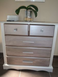 refaire un meuble au gout du jour chez lilypouce pinterest pintando muebles gris y pintar